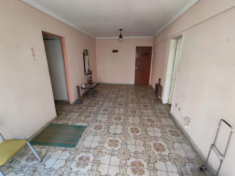 Foto Departamento en Alquiler en  Castelar Sur,  Castelar  Mitre al 2400