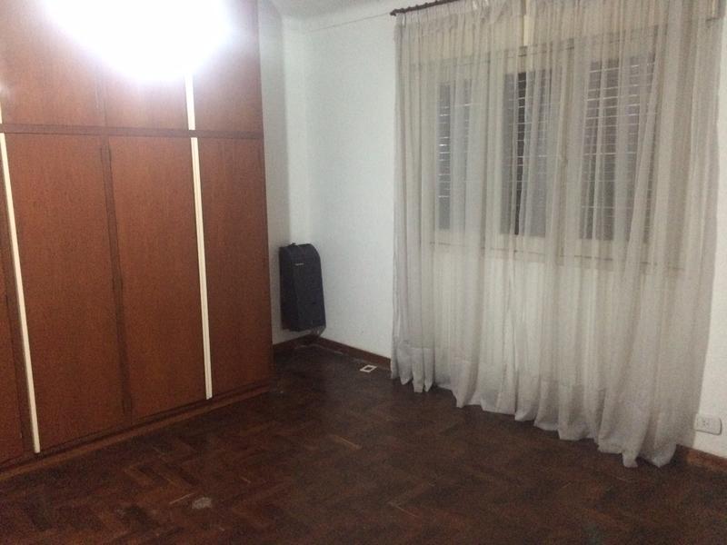 Foto Casa en Venta en  Lomas De Zamora ,  G.B.A. Zona Sur  BELTRAN 470