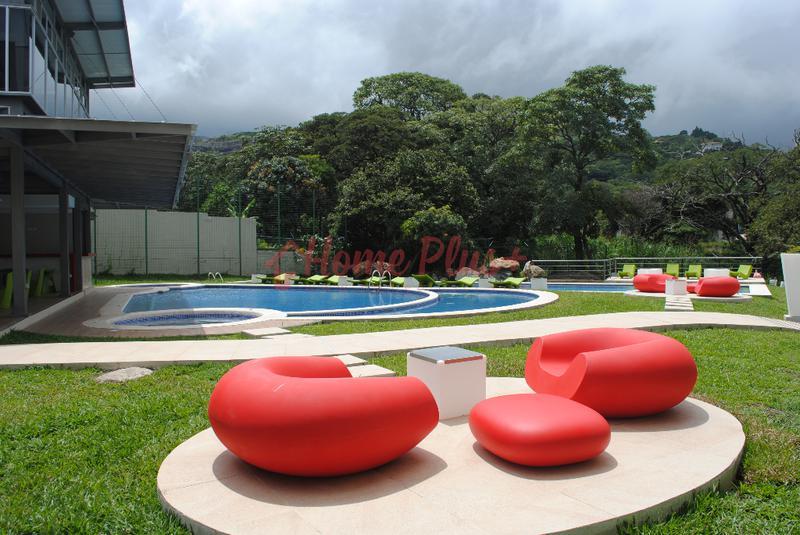 Foto Departamento en Renta en  Santana,  Santa Ana  River Park / Vista al Río / Full muebles
