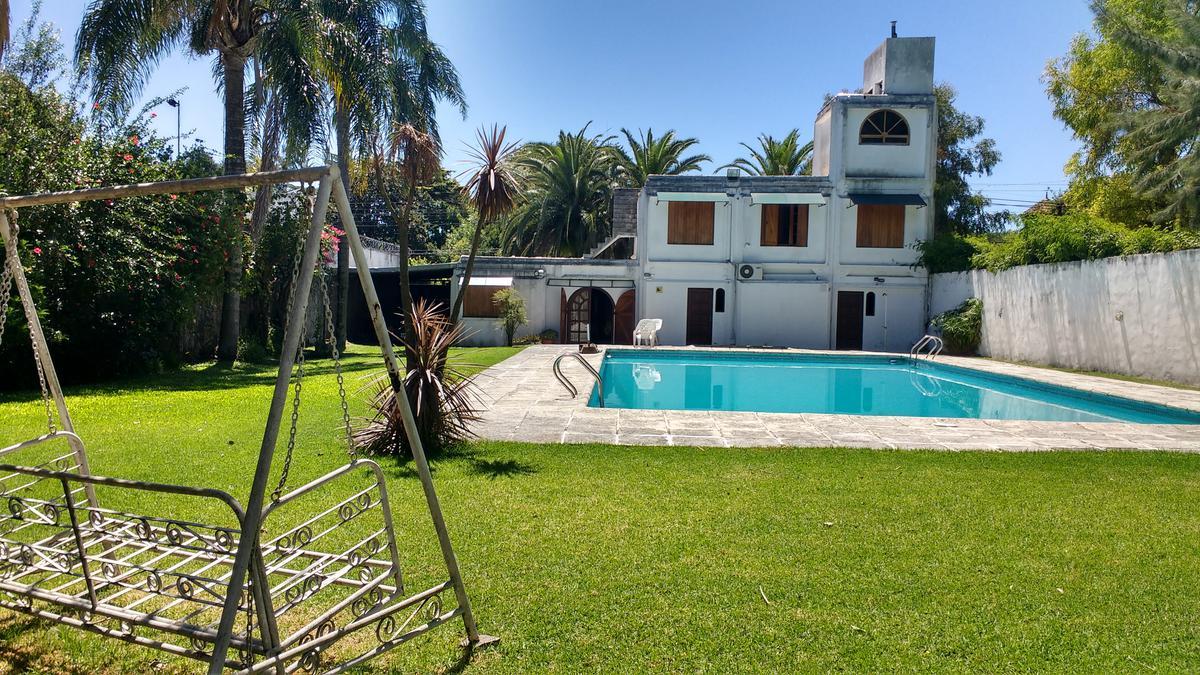 Foto Casa en Venta en  Don Torcuato,  Tigre  Av. del Libertador Gral. San Martin 407, Don Torcuato