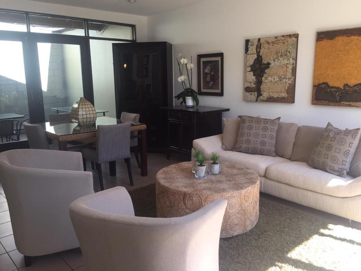 Foto Casa en condominio en Renta en  San Rafael,  Escazu  Laureles / Amueblado / Amplio