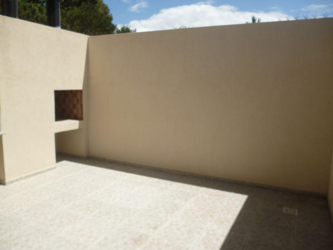 Foto Departamento en Alquiler temporario en  San Bernardo Del Tuyu ,  Costa Atlantica  Zuviria 475, PB N° 3