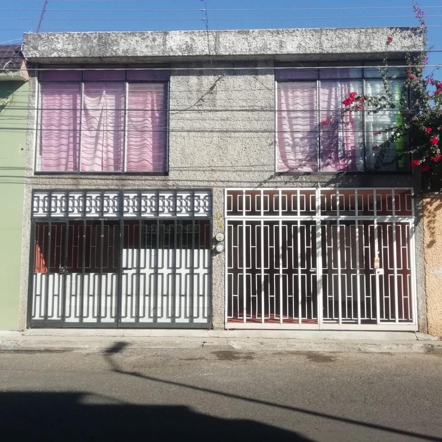 Foto Casa en Renta en  Ejidal Tres Puentes,  Morelia  COL. TRES PUENTES CALLE: PUENTE DEL MARQUEZ # al 300