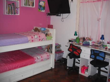 Foto PH en Venta en  Bernal Oeste,  Quilmes  CARABELAS 600