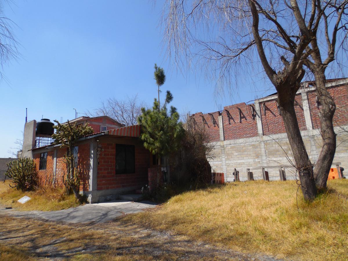 Foto Casa en Venta en  Toluca ,  Edo. de México  Casa de campo en zona tranquila con horno de piedra en San Nicolas Peralta