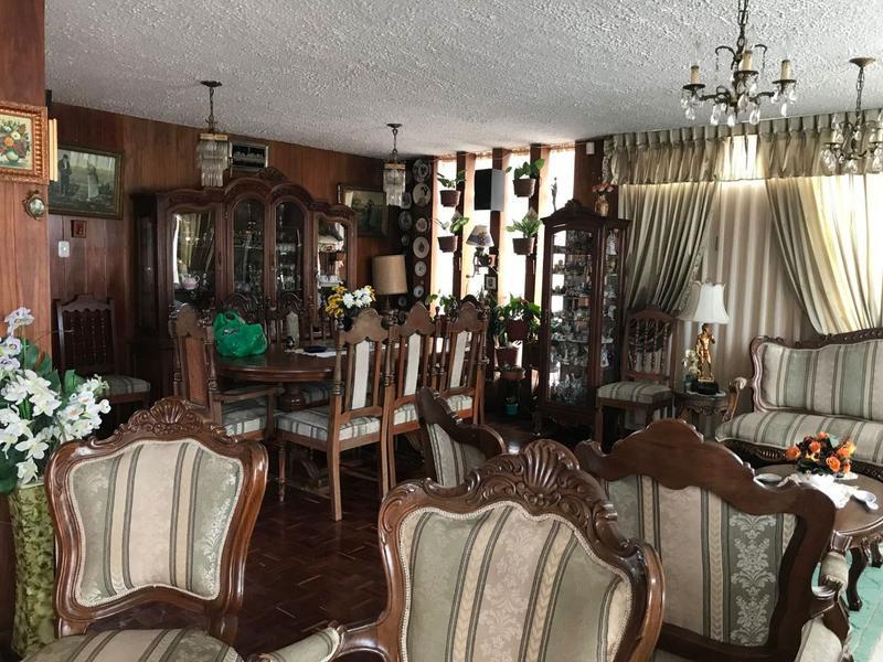 Foto Casa en Venta en  Norte de Quito,  Quito  Cómoda casa 260 mts. Sector Jipijapa $365.000,00