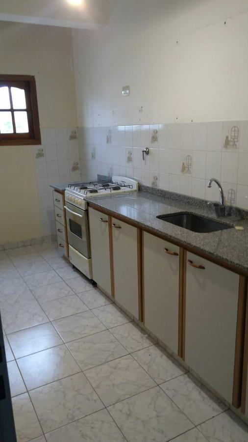 Foto Departamento en Alquiler en  Wilde,  Avellaneda  Brandsen al al 6100