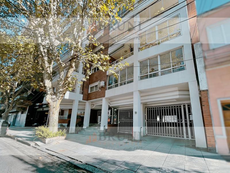 Foto Cochera en Venta en  Caballito ,  Capital Federal  Av Avellaneda 1500