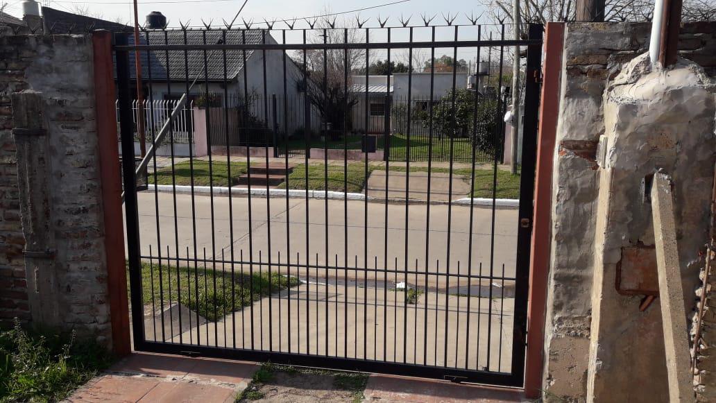 Foto Casa en Alquiler en  Jose Clemente Paz ,  G.B.A. Zona Norte  Blas Parera 4257