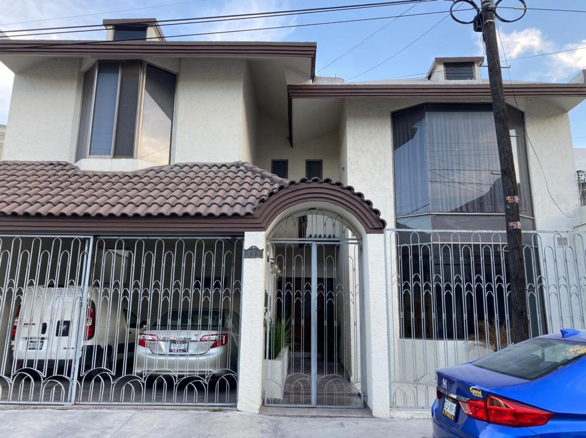 Foto Casa en Venta en  Monterrey ,  Nuevo León  CASA EN GENERAL ESCOBEDO NUEVO LEON  EN VENTA  4 RECÁMARAS    GRAL. ESCOBEDO