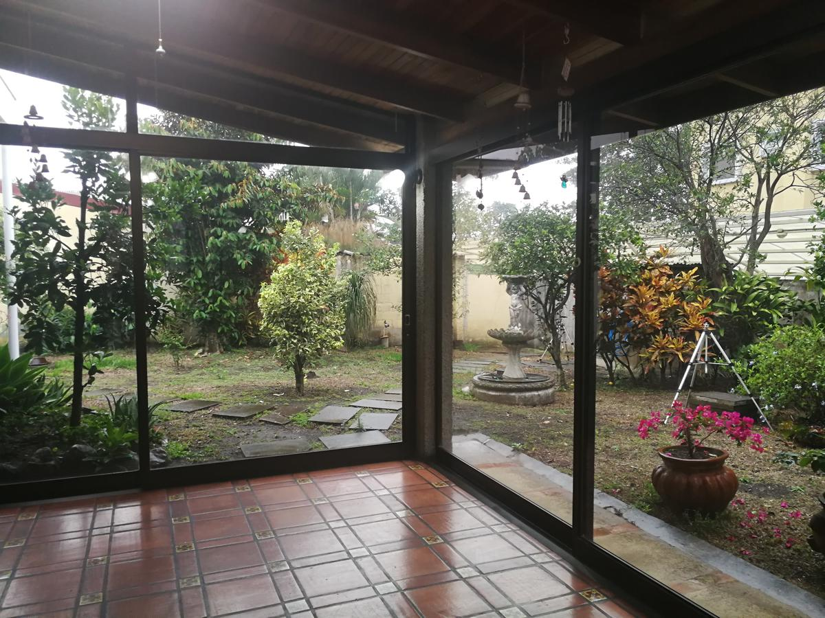 Foto Casa en Venta en  Escazu,  Escazu  La Paco / Terreno 1053 m2 / Ideal para remodelar en dos casas