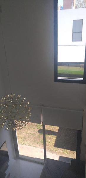 Foto Casa en Venta en  Miradores de Manantiales,  Cordoba Capital  Dúplex en venta en Miradores de Manantiales I. Listo para escriturar.