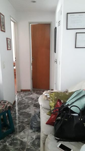 Foto Departamento en Alquiler en  Lomas De Zamora ,  G.B.A. Zona Sur  Italia al 300