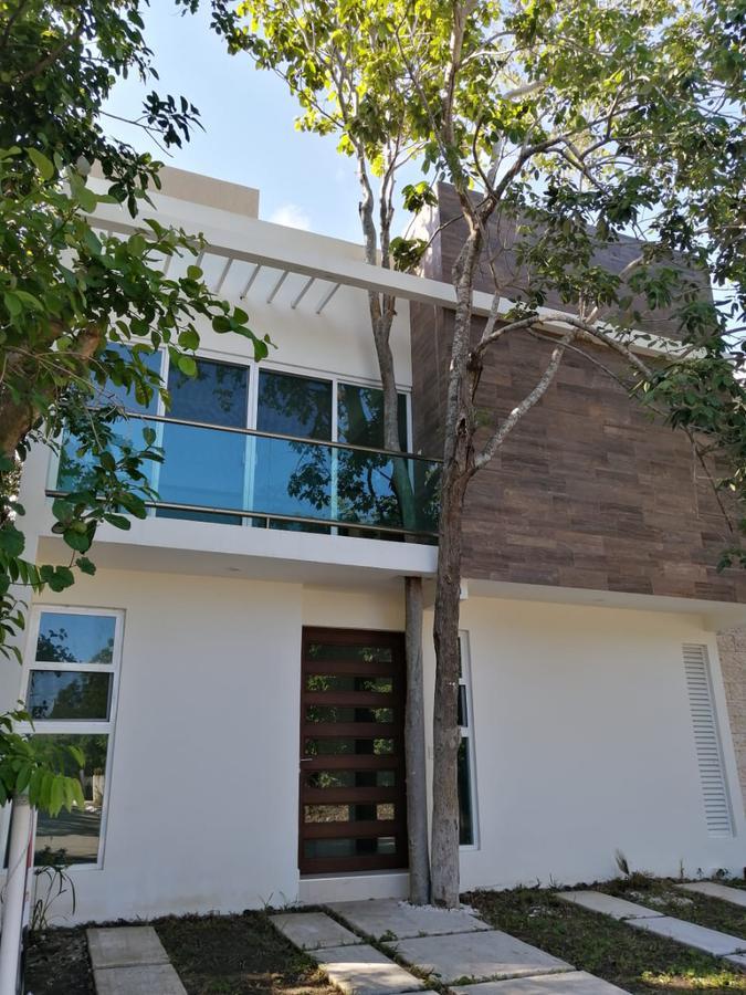 Foto Casa en Venta en  Residencial Regatta,  Puerto Morelos  CASA EN VENTA EN PUERTO MORELOS EN RESIDENCIAL REGATTA