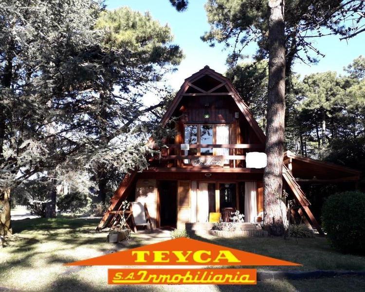 Foto Casa en Alquiler temporario en  Pinamar ,  Costa Atlantica  ARGOS 3199
