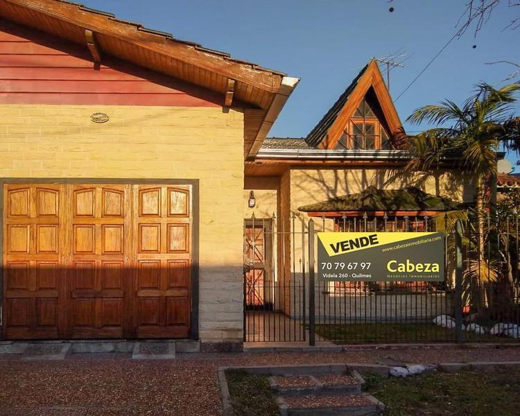 Foto Casa en Venta en  Quilmes ,  G.B.A. Zona Sur  Panama 1146