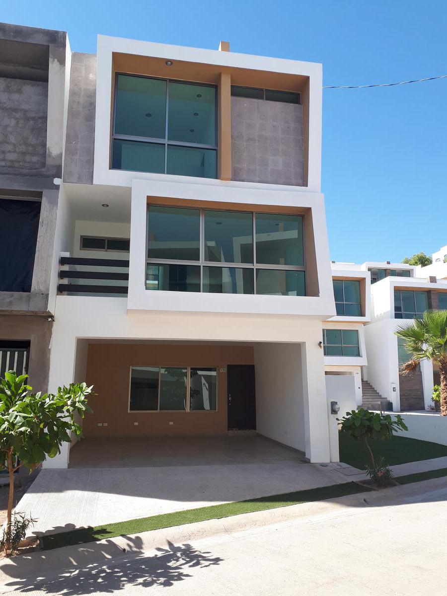 Foto Casa en Venta en  Culiacán ,  Sinaloa                  CASA NUEVA EN VENTA EN PRIVADA EN COLINAS DE SAN MIGUEL DESDE $2,498,000, A UN LADO DE RESIDENCIAL LOMAS DEL BOSQUE
