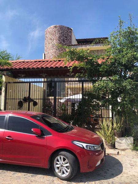 Foto Casa en Venta |  en  Fraccionamiento Villas Universidad,  Puerto Vallarta          Casa villas Universidad
