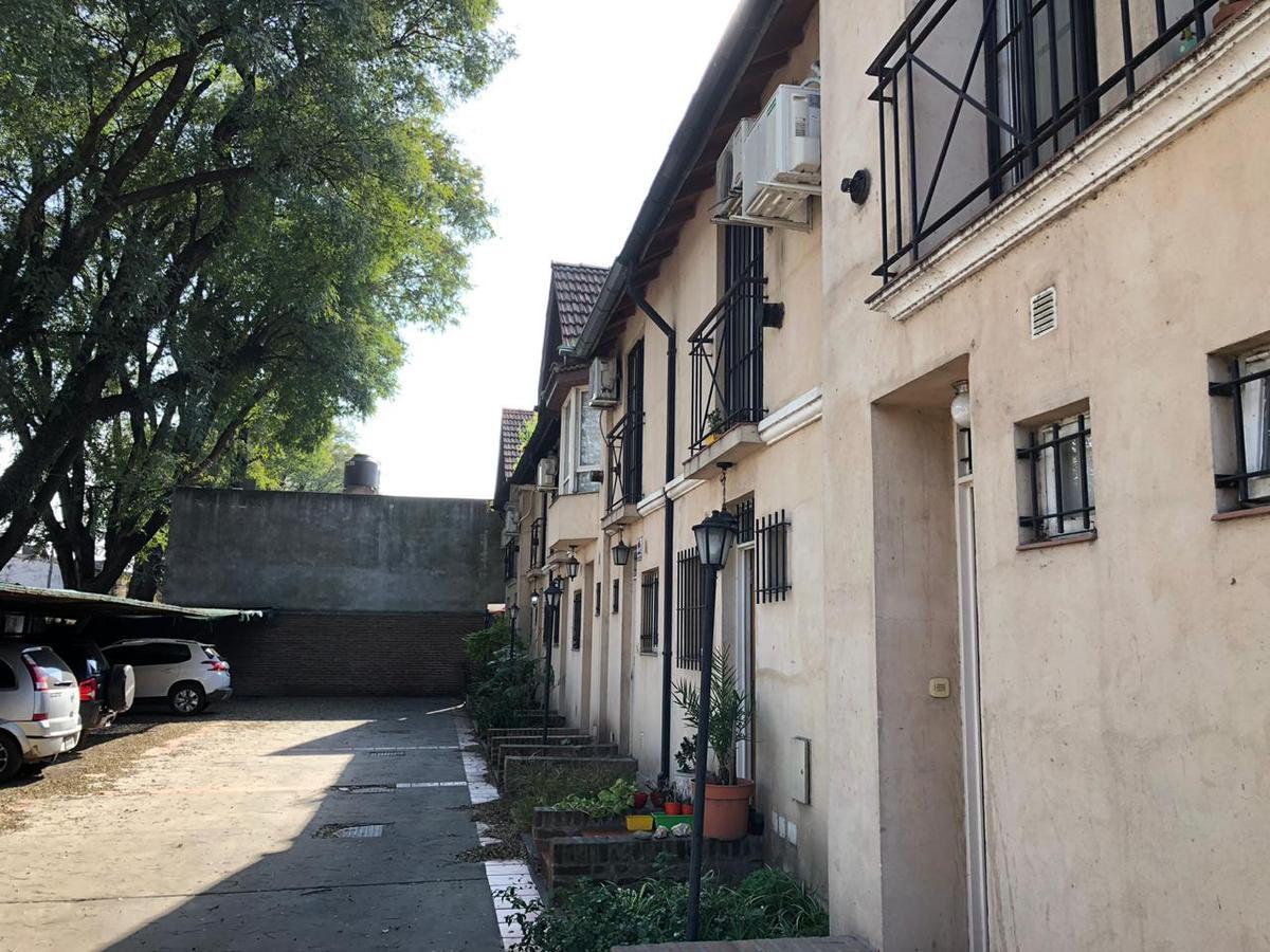Foto PH en Venta en  San Miguel,  San Miguel  Serrano al 2000