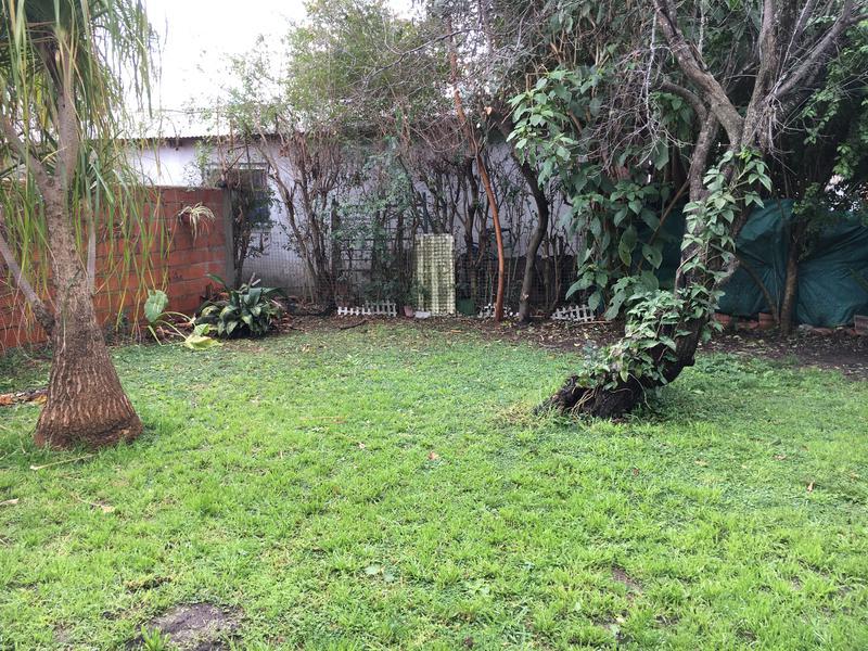 Foto Casa en Alquiler en  Stone,  Belen De Escobar      Victor Hugo 564