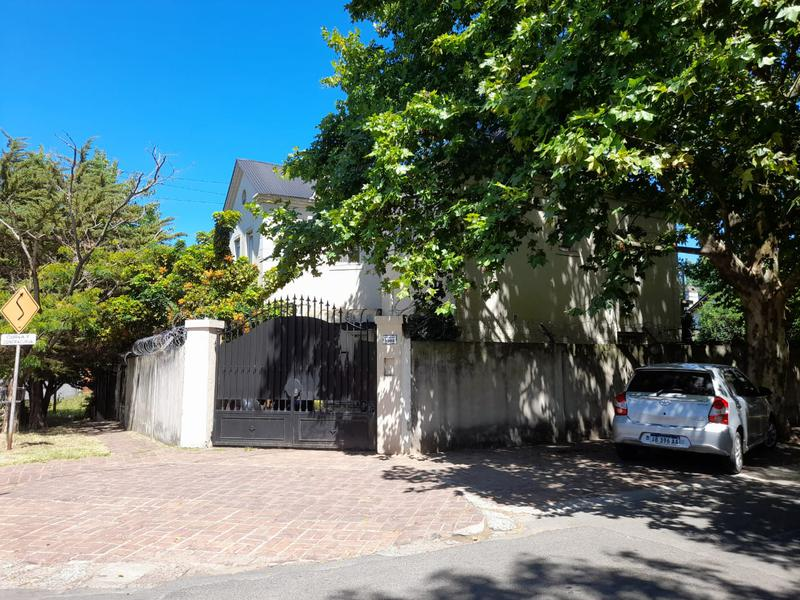 Foto Casa en Venta en  Las Lomas-Horqueta,  Las Lomas de San Isidro  Gurruchaga al 1000