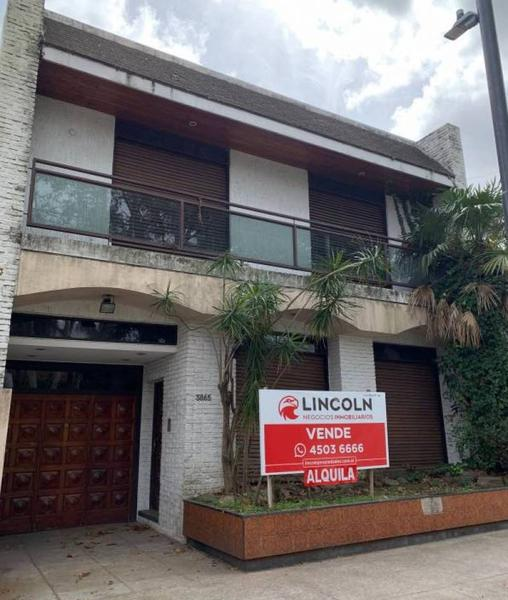 Foto Local en Alquiler en  Villa Devoto ,  Capital Federal  Av. Salvador María del Carril al 3800