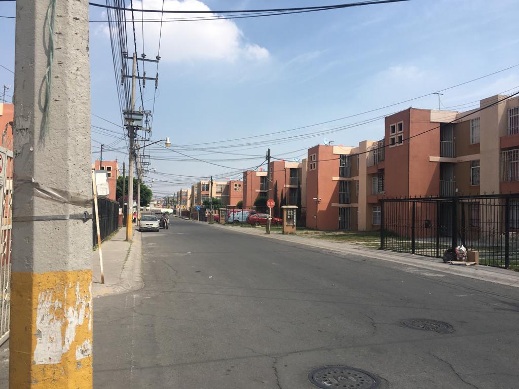 Foto Departamento en Venta en  Los Héroes Tecámac,  Tecámac  5TA CDA BOSQUES DE LA INDIA LT 37 MZA al 100