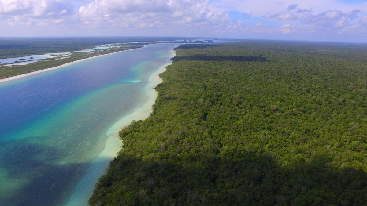 Foto Terreno en Venta en  Buenavista,  Bacalar  BACALAR, Quintana Roo