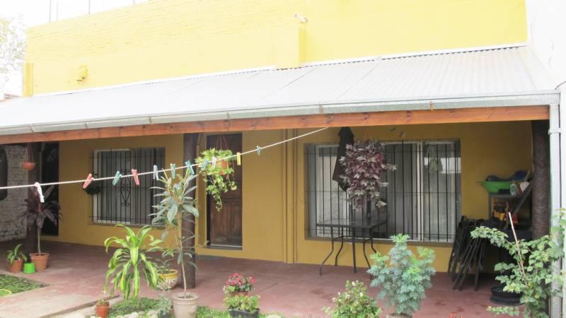 Foto Edificio Comercial en Venta en  Belen De Escobar,  Escobar  Colectora Este Ramal Escobar 140