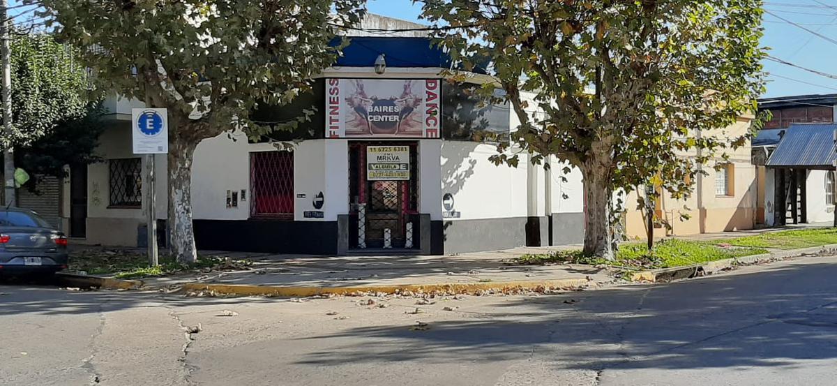 Foto Local en Alquiler en  Centro (Moreno),  Moreno  Dorrego y Belgrano