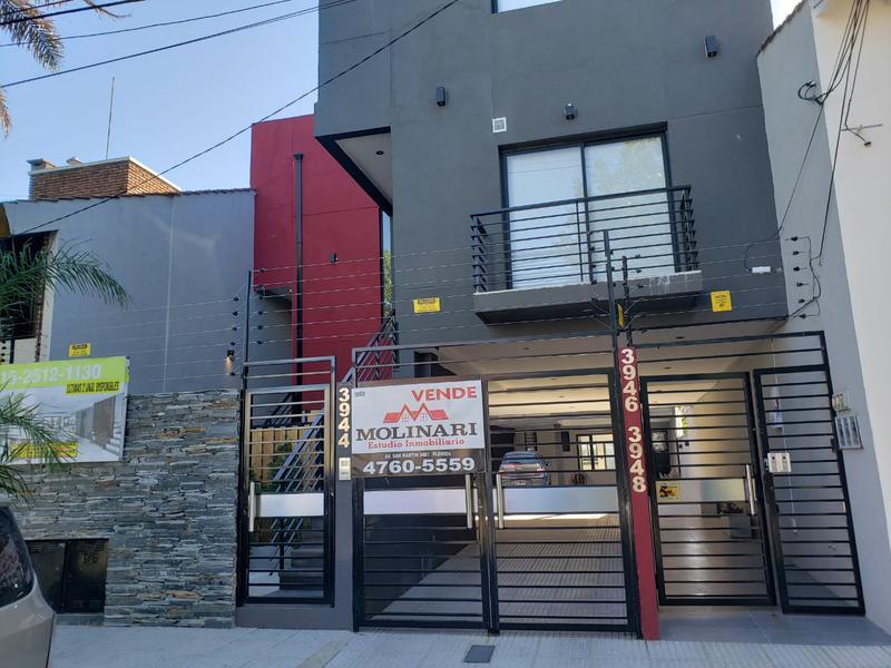 Foto Casa en Venta en  Olivos,  Vicente López  Sarmiento al 3900