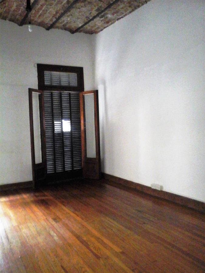 Foto Oficina en Venta en  Monserrat,  Centro  Rivadavia, Avda. al 1200