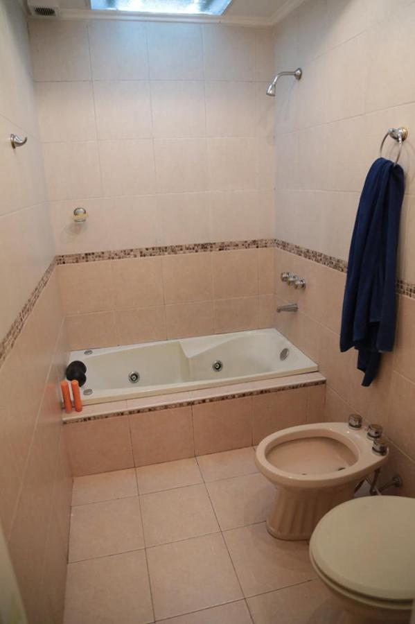 Foto Casa en Venta en  Sarandi,  Avellaneda  Madariaga al 900