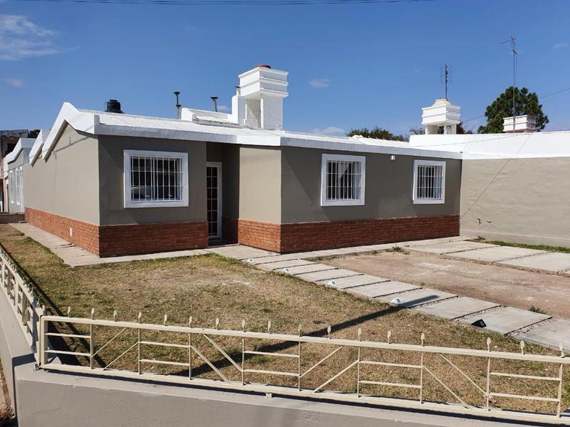 Foto Casa en Venta en  Res.San Carlos,  Cordoba Capital  Casa en Barrio Residencial San Carlos