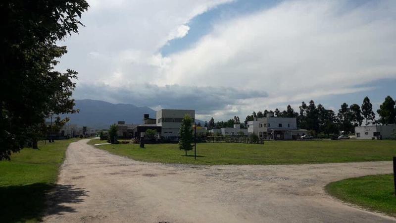 Foto Terreno en Venta en  Los Nogales,  Tafi Viejo  Country La Herencia- Los Nogales