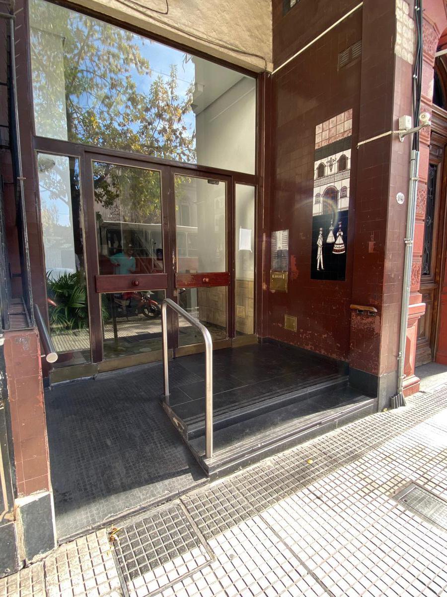 Foto Departamento en Venta en  San Cristobal ,  Capital Federal  Av. Entre Rios al 1000
