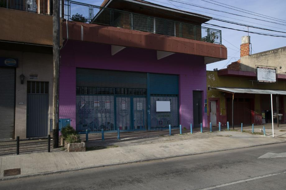 Foto Local en Alquiler en  Quilmes Oeste,  Quilmes  Calchaqui al 2600