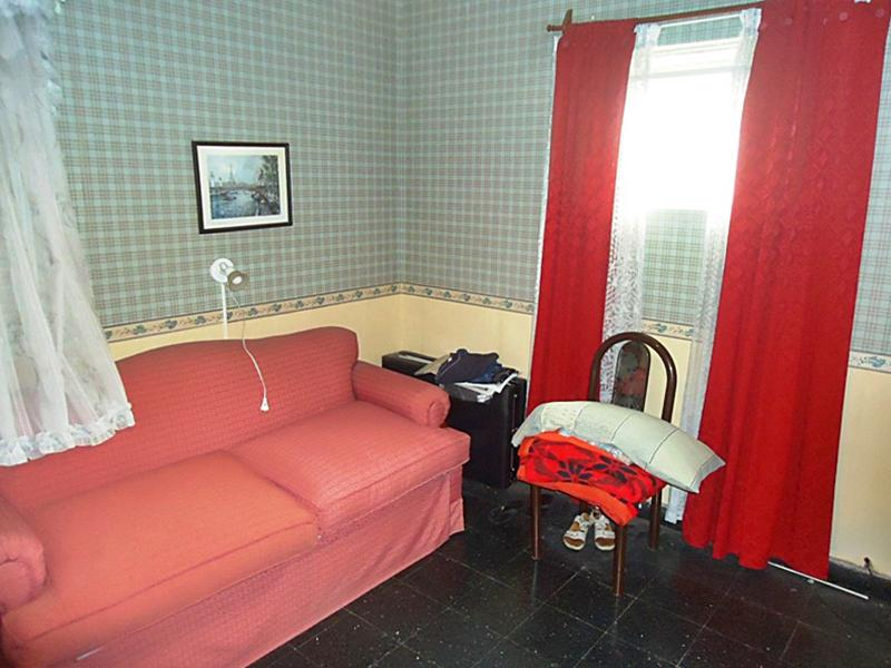 Foto Casa en Venta en  La Lucila-Vias/Maipu,  La Lucila  Bouchard al 1100