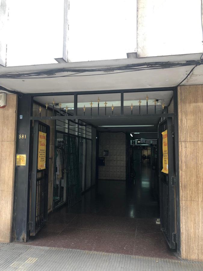Foto Local en Alquiler en  Centro,  Rosario  Sarmiento al 500