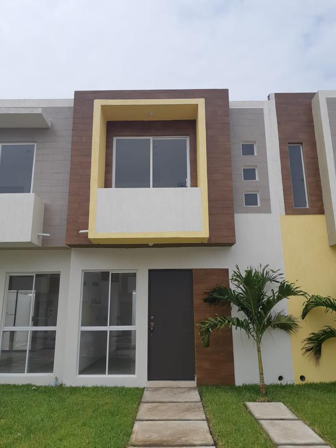Foto Casa en Venta |  en  Fraccionamiento Puente Moreno,  Medellín   Casa en Venta en Veracruz (Puente Moreno $614,400