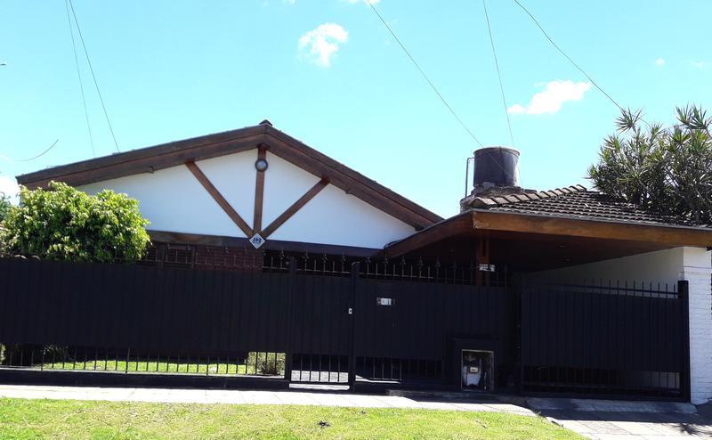 Foto Casa en Venta en  Ituzaingó Norte,  Ituzaingó  Francisco Emperanza al 2200
