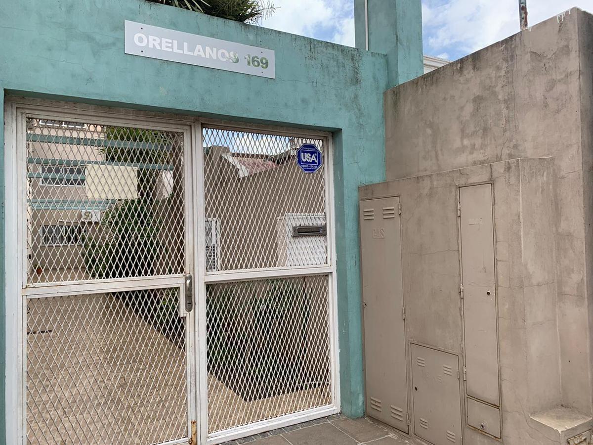 Foto Departamento en Venta en  Junin,  Junin  Orellanos 169