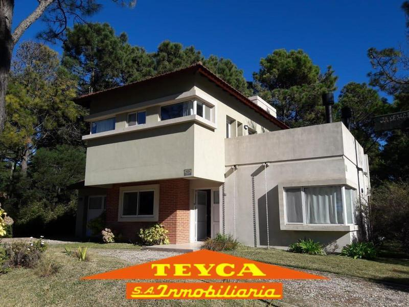 Foto Casa en Alquiler temporario en  Pinamar ,  Costa Atlantica  POSEIDON 328