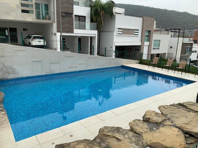 Foto Casa en Venta en  La Vereda Privada Residencial,  Monterrey  VENTA CASA COL. LA VEREDA SAN JERONIMO MONTERREY