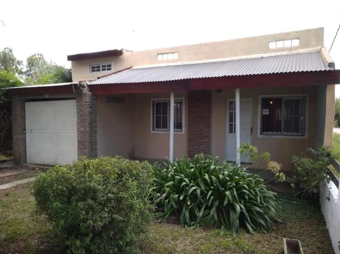 Foto Casa en Venta en  Villa Parque Sicardi,  La Plata  22 y 655