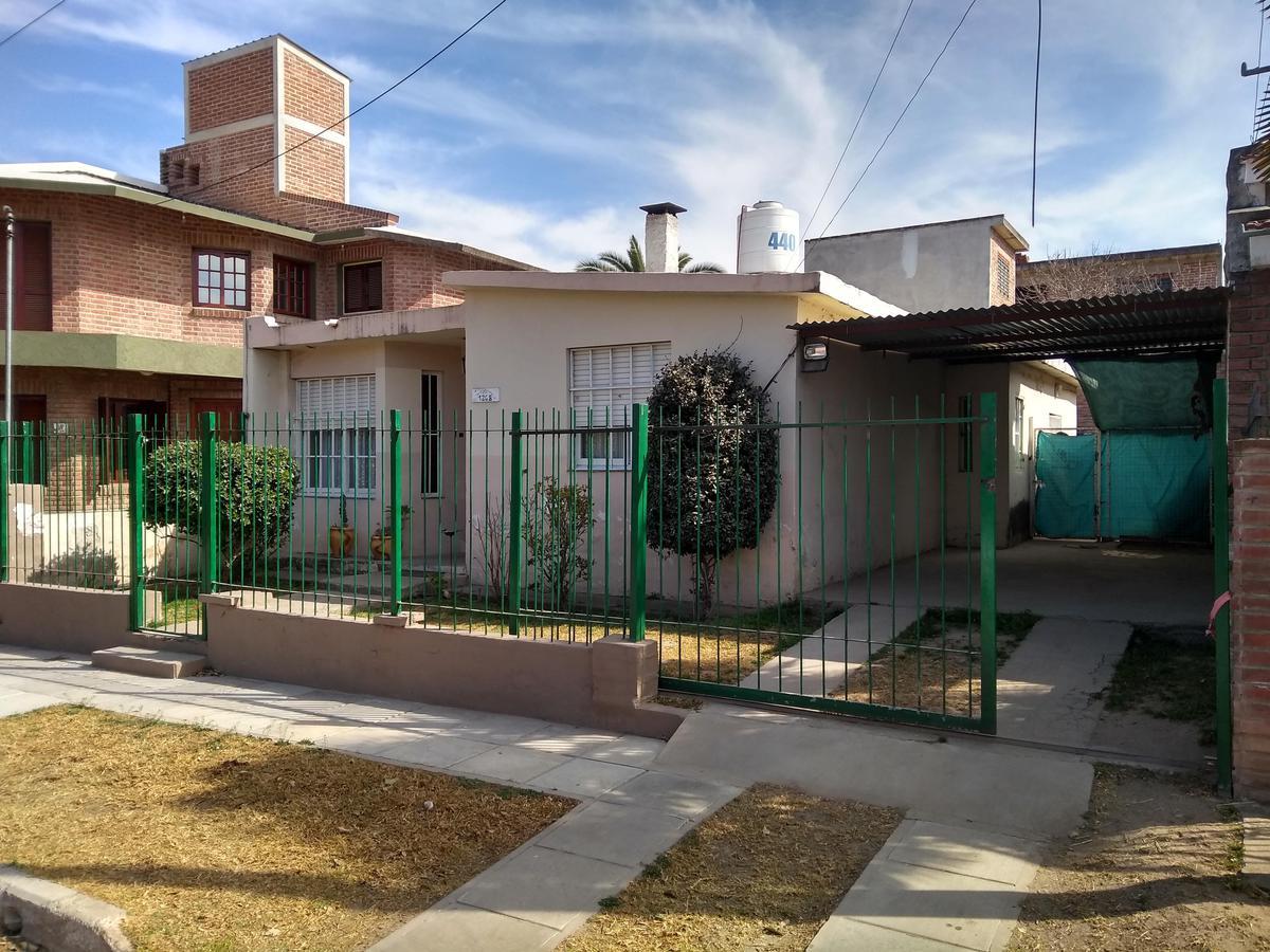 Foto Casa en Venta en  Cosquin,  Punilla  El Inca al 1200
