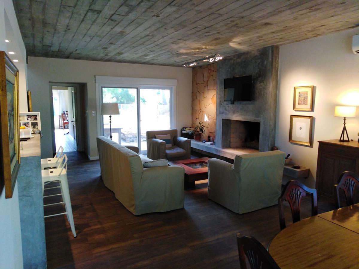 Foto Casa en Venta en  Parque Burnett,  Punta del Este  Hermosa casa en Parque Burnett