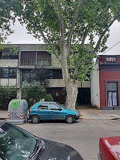 Foto Edificio Comercial en Venta en  Tres Cruces ,  Montevideo  Democracia esq Ferrer Serra