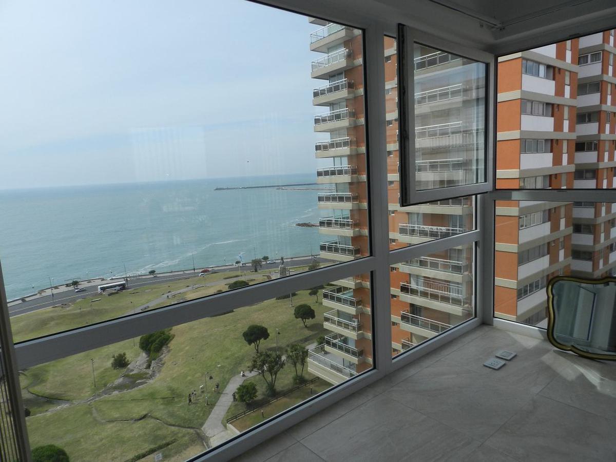 Foto Departamento en Venta en  Playa Grande,  Mar Del Plata  Alvarado 63