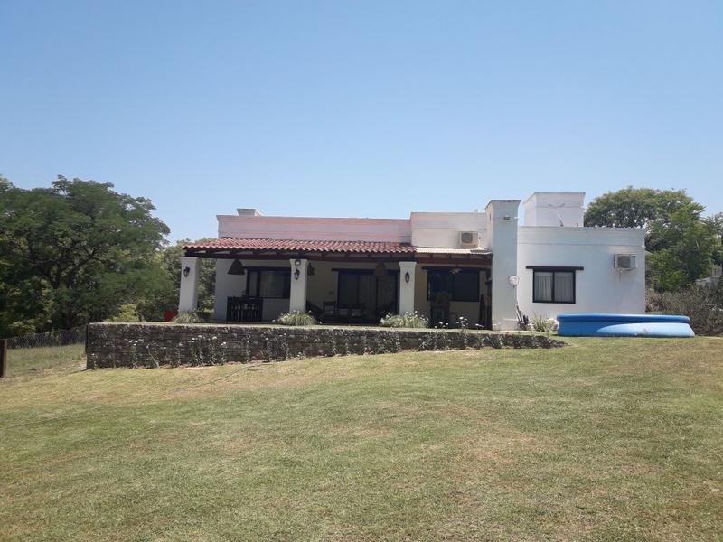 Foto Casa en Venta en  Yerba Buena ,  Tucumán  Country La Arboleda